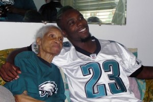 Philadelphia Eagles player visit hopsice patient
